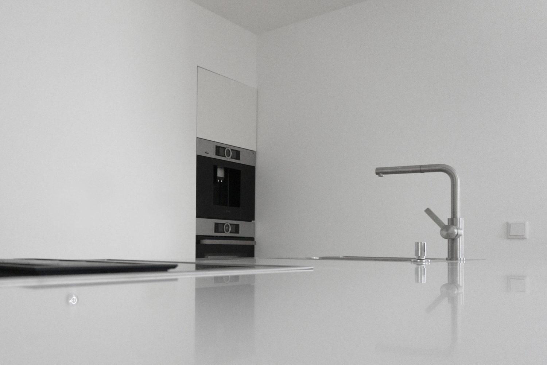 white/white kitchen